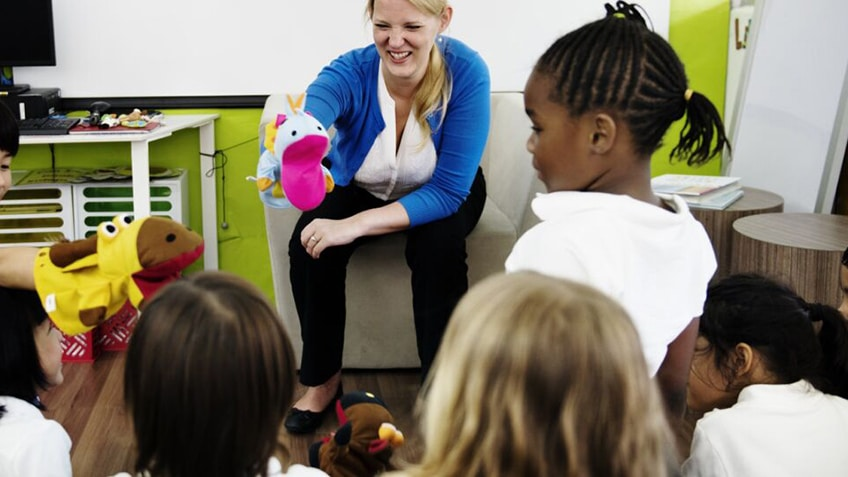 What are the Benefits of Storytelling / Reading Stories to Children?